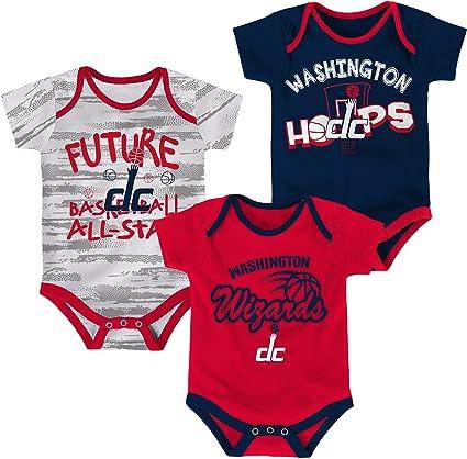 NBA by Outerstuff NBA Unisex-Baby NBA Newborn /& Infant 3 Piece Onesie Set