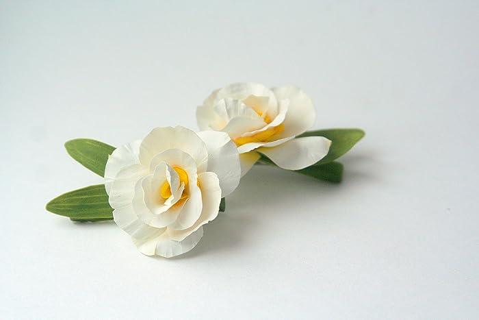Amazon white daffodil flower hair clip handmade white daffodil flower hair clip mightylinksfo