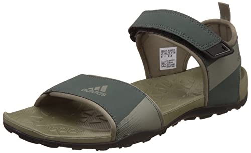 b686bba30b9e Adidas Men s Cyran M Utiivy and Tracar Athletic   Outdoor Sandals - 11  UK India