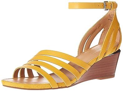 e4849e8e9fa Amazon.com  Franco Sarto Women s Della Wedge Sandal