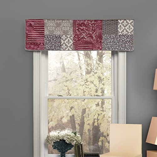 Donna Sharp Valance – Fleur de Lis Square Contemporary Decorative Window Treatment with Multicolored Pattern
