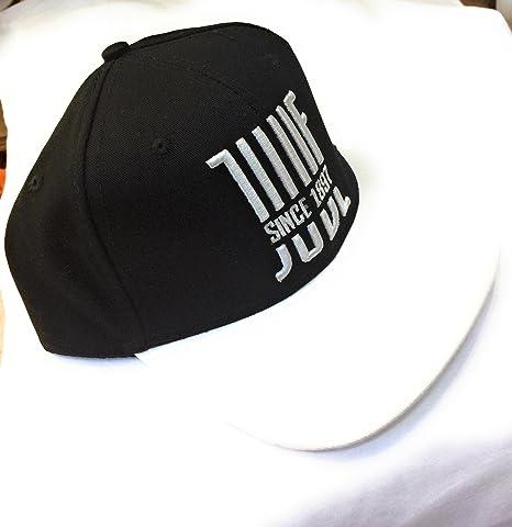 Cappello Juventus rap  Amazon.it  Sport e tempo libero 62928910d37d