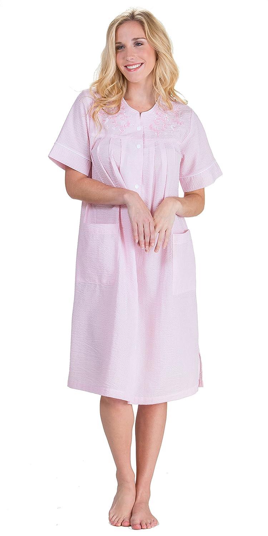 0caad3b4e50 Miss Elaine Women s Plus Size Seersucker Solid Short Gripper Robe at Amazon  Women s Clothing store