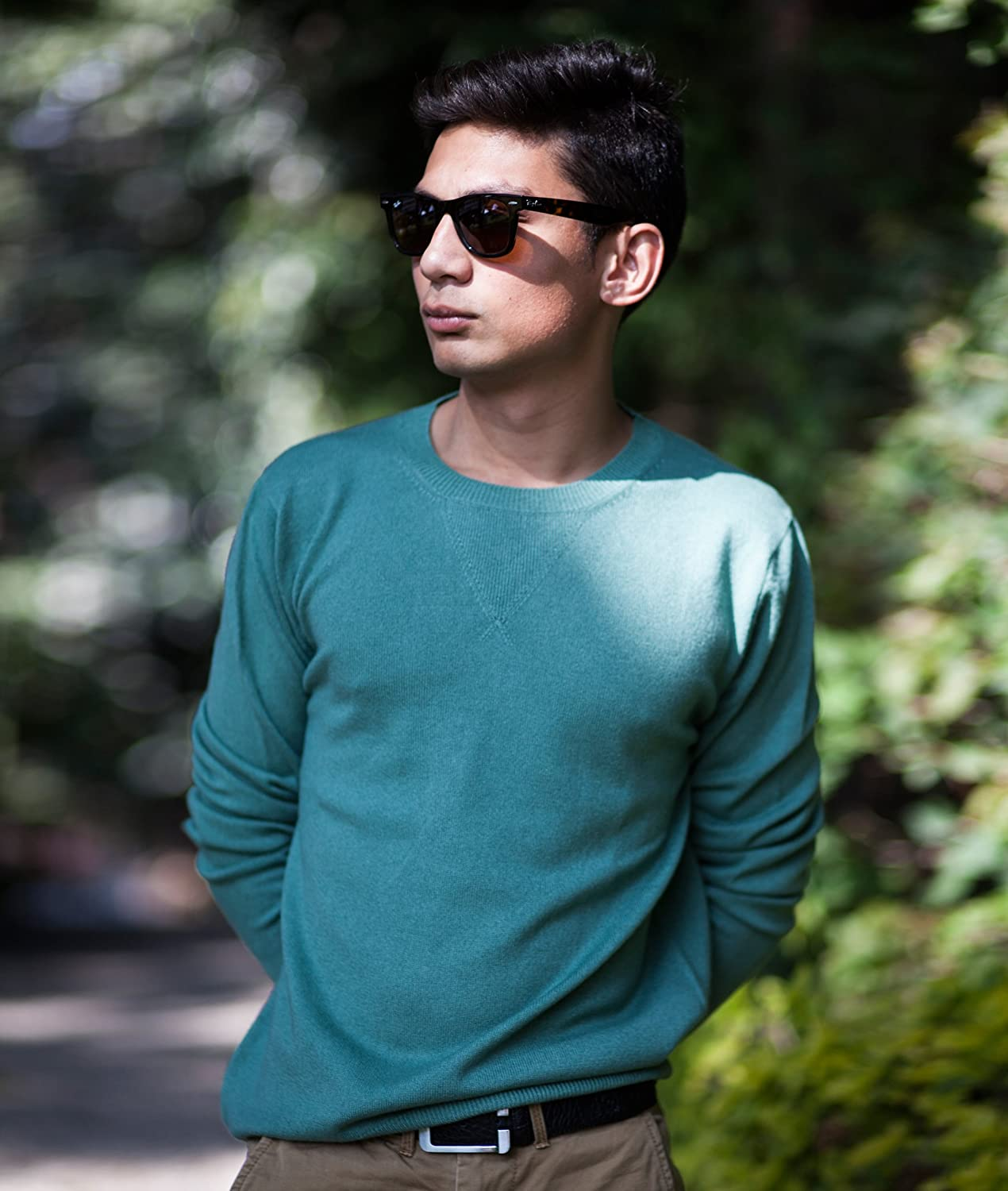 Men's 100% Cashmere Sweater, Hand-Knitted, Round Neck, V-Pattern, 26/2 Mongolian Yarn, Green © Moksha Cashmere Green © Moksha Cashmere