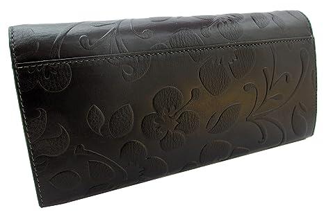 Hecho en España. Cartera de mujer elaborada artesanalmente con piel de alta calidad. Varios tonos disponibles. Diseño largo con relieve floral. Negro