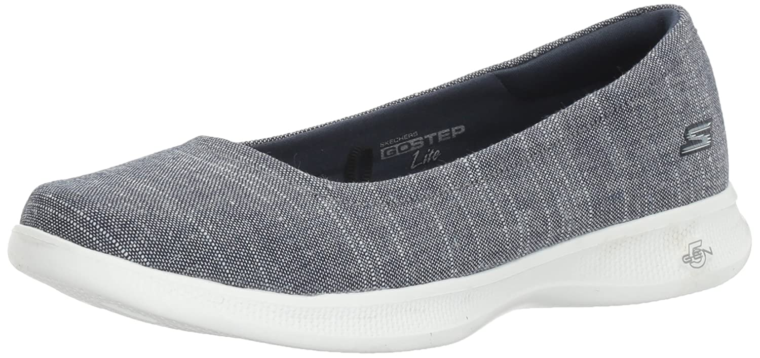 Skechers Performance Women's Go Step Lite-Solace Walking Shoe B01LTAHIRM 7 B(M) US|Navy/White