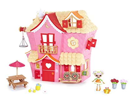 Superb MGA Mini Lalaloopsy Sew Sweet House Playhouse With Exclusive Character
