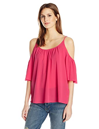 8f800b2ff71 Amazon.com: French Connection Women's Polly Plains Cold Shoulder Top:  Clothing