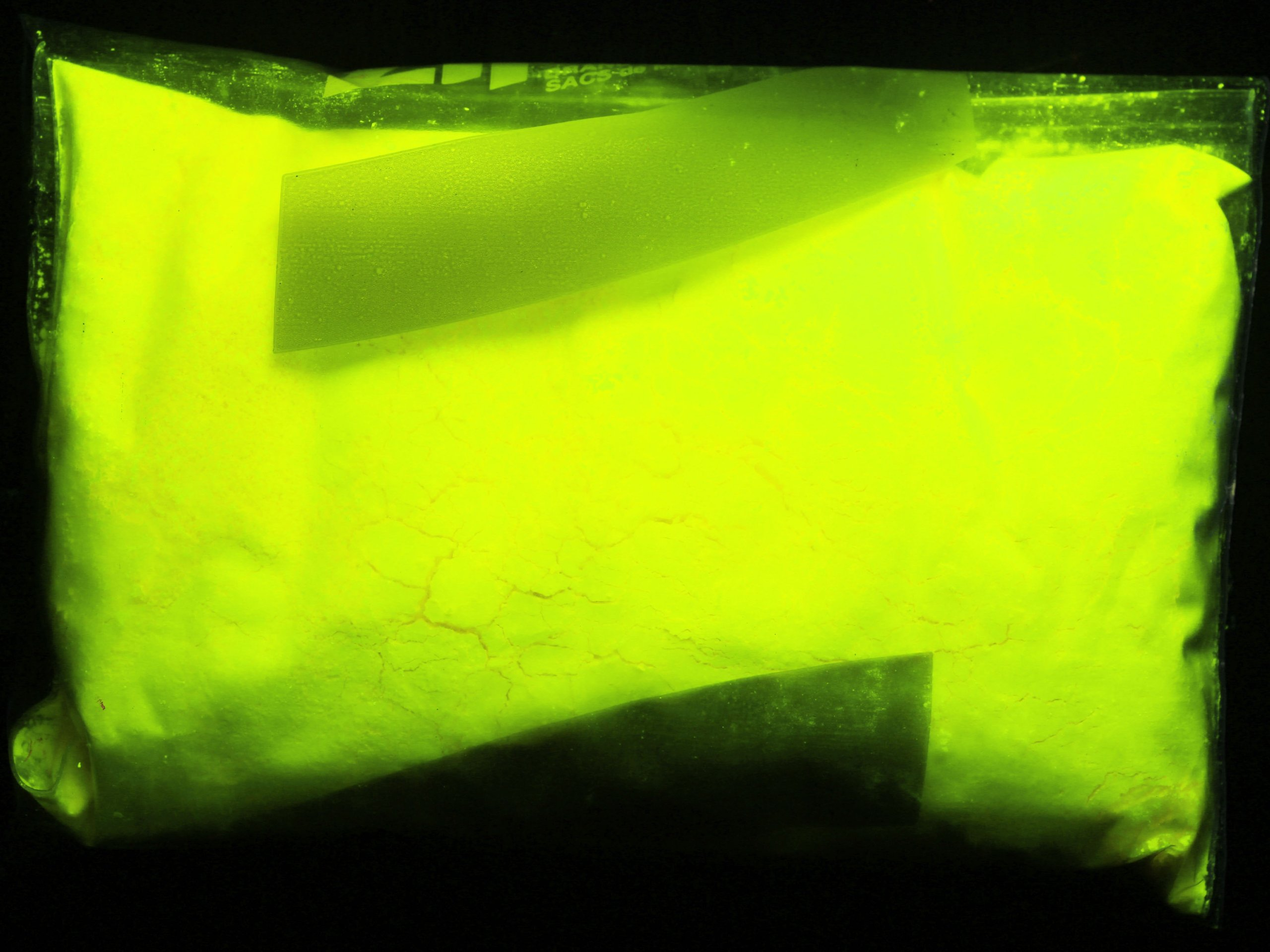Glow Inc. Yellow Fluorescent Powder 4 Ounces