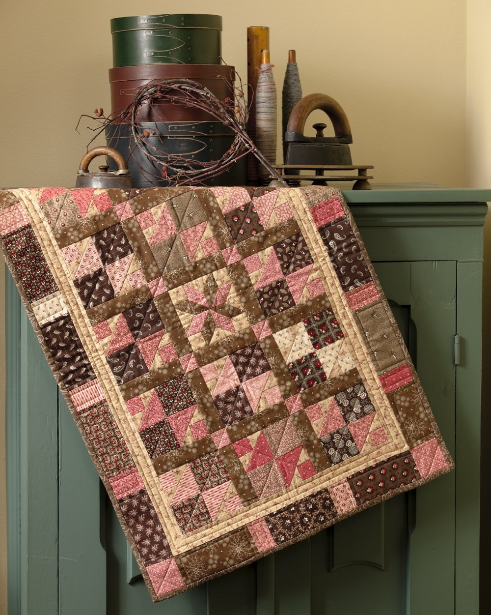 Country Threads Goes to Charm School: 19 Little Quilts from 5 ... : country threads quilt shop - Adamdwight.com