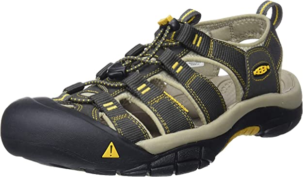 Choosing Best Shoes for River Hiking