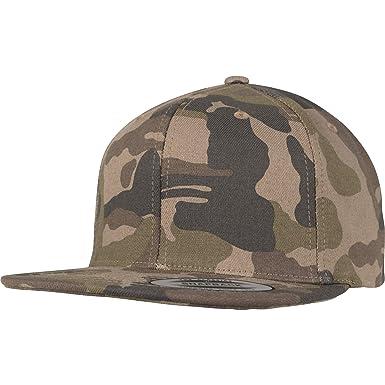 e9c38427403 Amazon.com  Yupoong Flexfit Cotton Camo Snapback Cap - 3 Designs ...