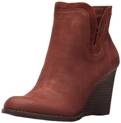 0c2ca4558e7 Lucky Brand Women s Yenata Fashion Boot