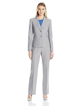 f4cb4eb7522 Amazon.com  Le Suit Women s Pinstripe 2 Button Jacket Pant Suit  Clothing