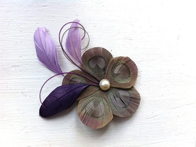 Amazon.com  Oh Lucy Handmade GINA Peacock Feather Flower Hair Clip ... 43fd88637df