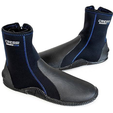 23b29ee15e56 Amazon.com  Cressi Minorca Boots 3mm Premium Neoprene with Anti Slip Rubber  Soles (Black Blue
