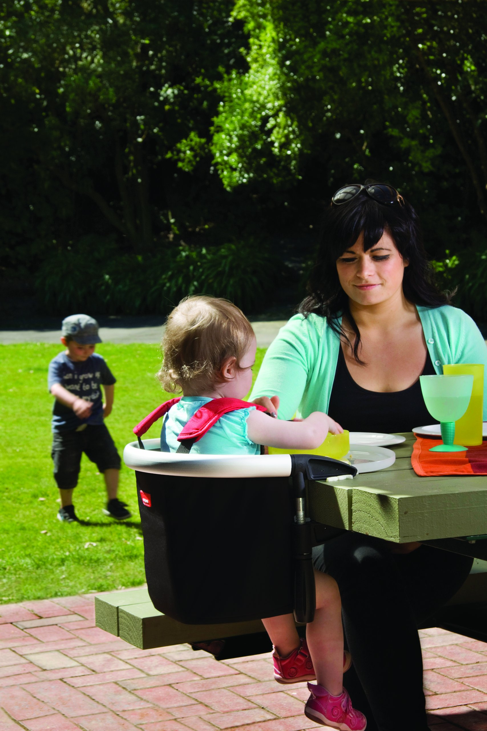 phil&teds Lobster Clip-On Highchair, Black - Award Winning Portable High Chair - Includes Carry Bag and Dishwasher Safe Tray - Hygienic and Easy Clean - Safe and Secure - Ideal For Home and Travel by phil&teds (Image #10)