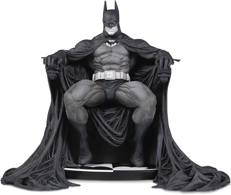 DC Collectibles Batman Black & White: Batman by Marc Silvestri Statue