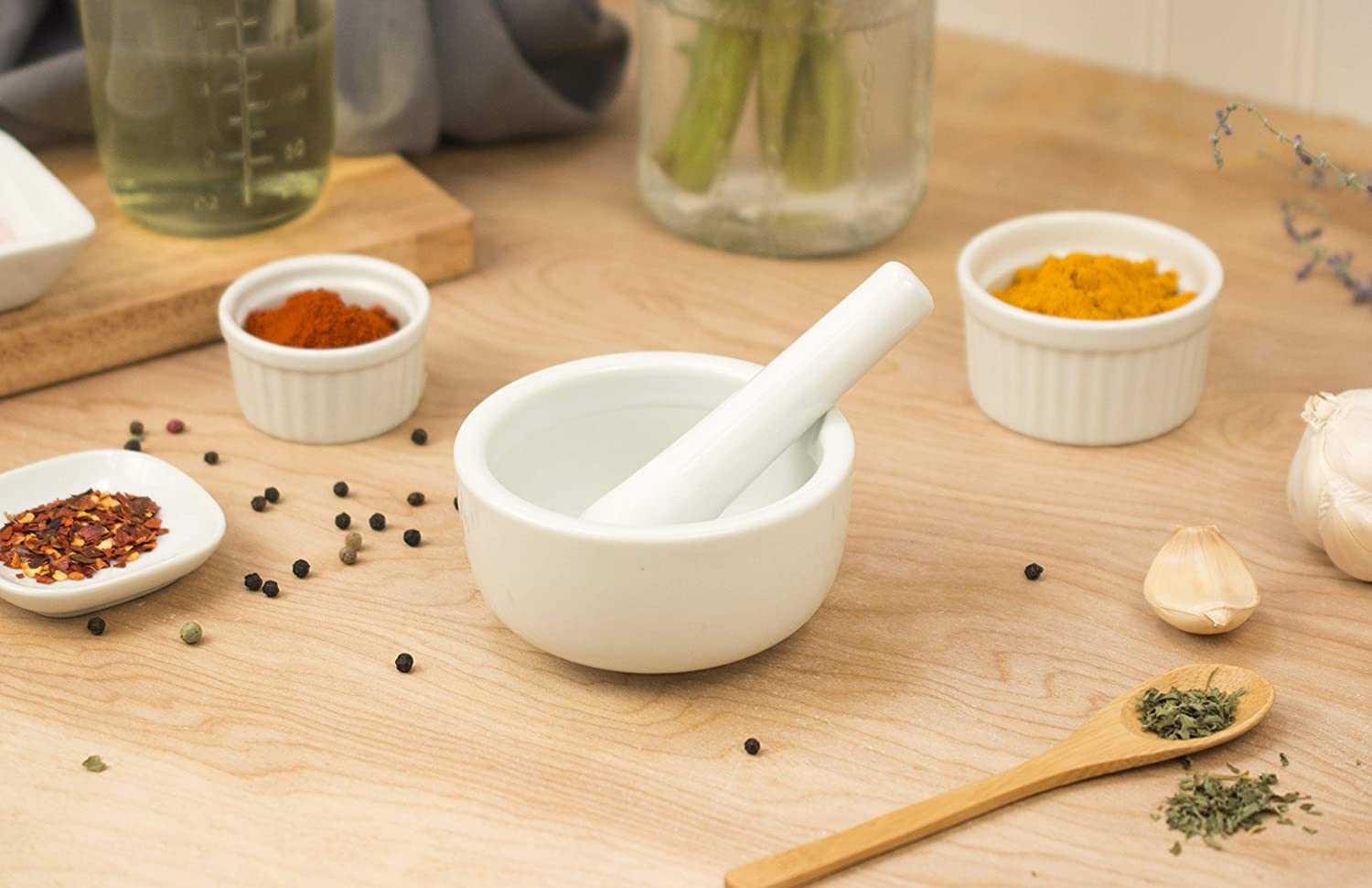 HIC Harold Import Co. Mortar and Pestle Spice Herb Grinder Pill Crusher, Fine-Quality Porcelain, White, 3.5-Inches: Mortar And Pestle: Kitchen & Dining