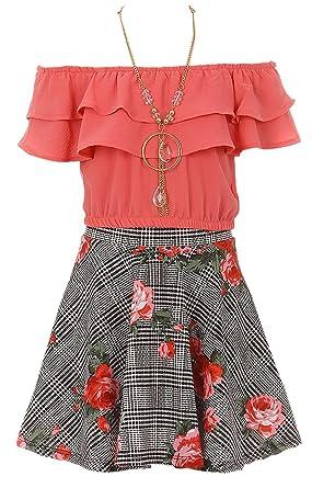 4ef94ea9ec15e Amazon.com  Little Girls Off Shoulder Tops Skirt Necklace 3 Pieces Party  Summer Clothing Set  Clothing