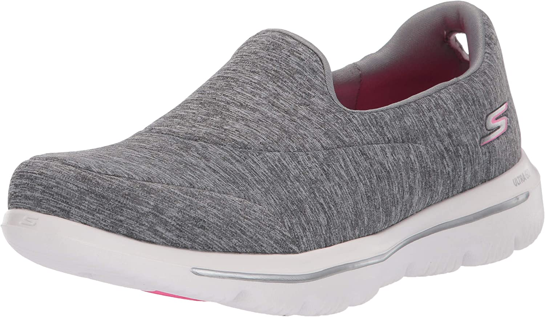 Go Walk Evolution Ultra-Amazed Sneaker