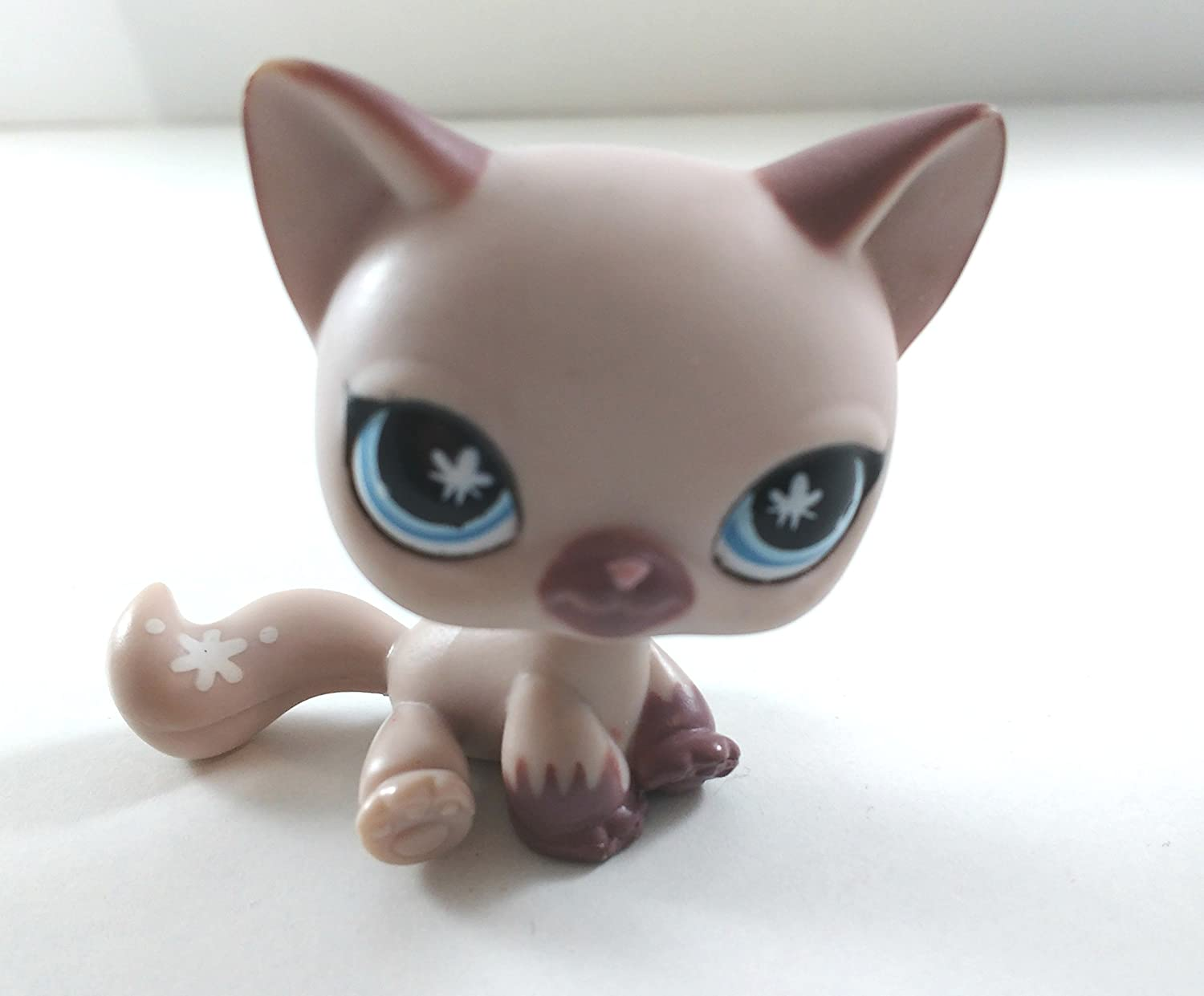 Littlest Pet Shop Cat Kitten 664 and Free Accessory Authentic Lps