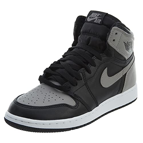 Amazon.com | Jordan 1 Retro High Big Kids | Shoes