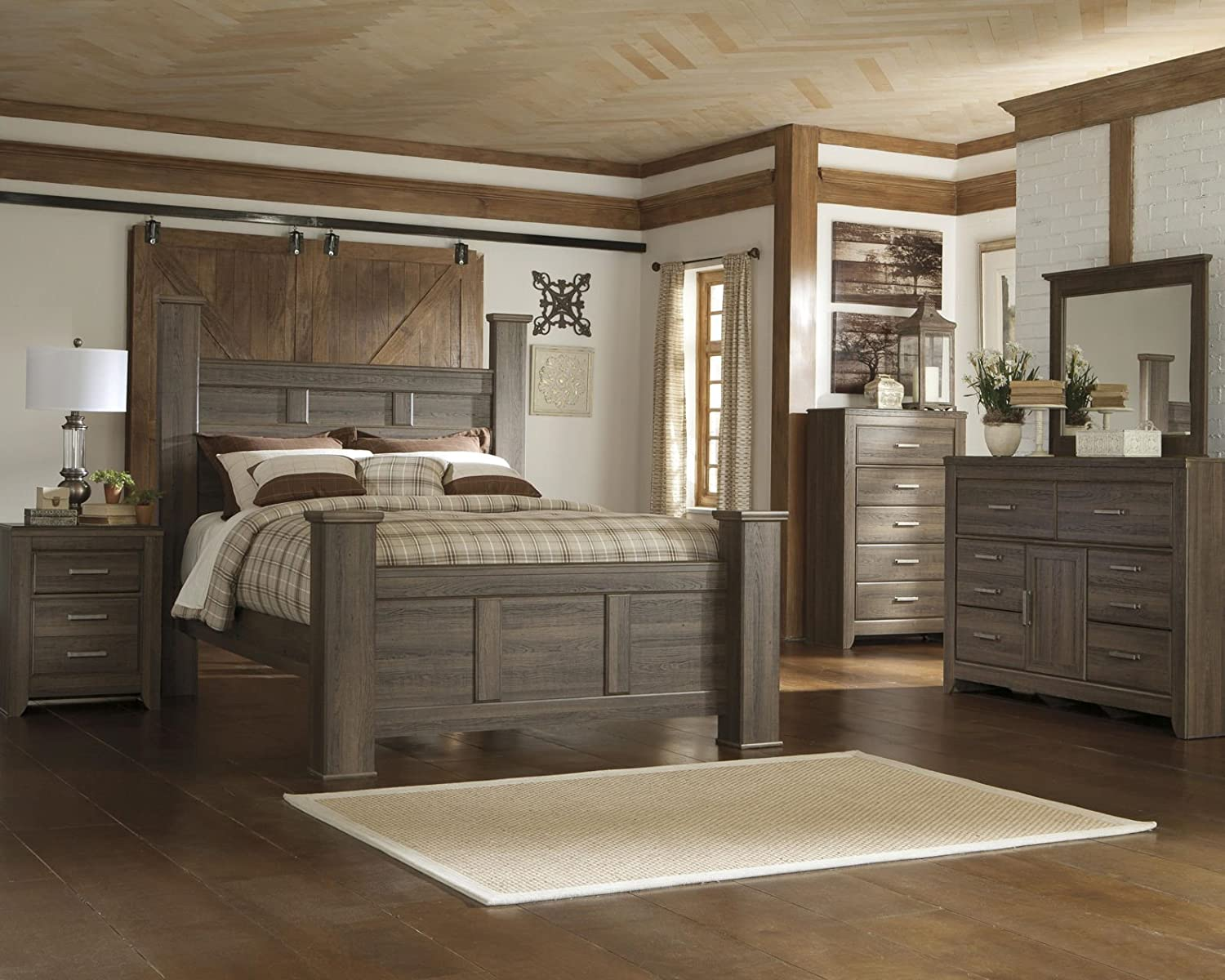 Amazon.com: Signature Design by Ashley Juararo Bedroom Set with ...