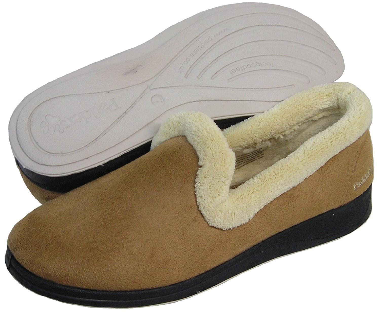 EE Width PADDERS Womens Repose Super Soft Microfiber Plain Toe Slipper Taupe//Camel