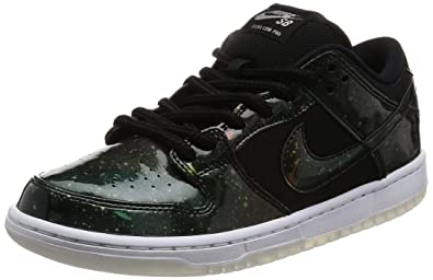 NIKE Men's SB Dunk Low TRD QS Black/Black/White Skate Shoe 8 Men