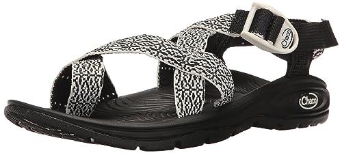 4281df396dc3 Chaco Women s Zvolv 2 Athletic Sandal  Amazon.co.uk  Shoes   Bags
