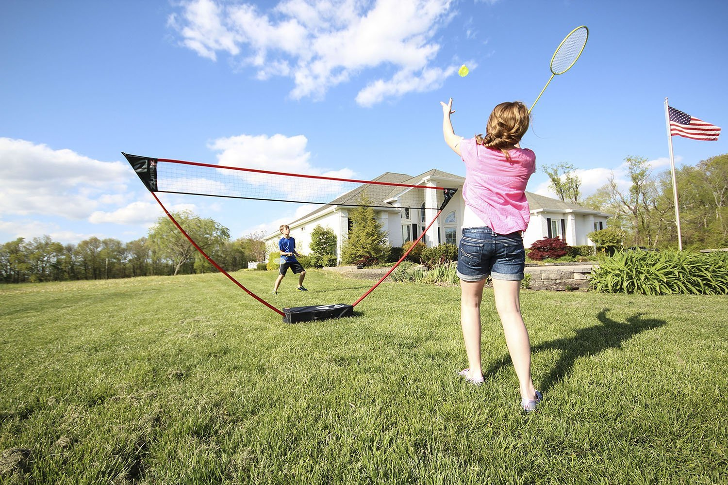Zume Games Portable Badminton Set with Freestanding Base - Sets Up on Any Surface in Seconds - No Tools or Stakes Required (Renewed) by Zume (Image #8)