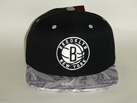 3bc5f8f117d Amazon.com   Mitchell   Ness NBA Brooklyn Nets 2 Tone Paint Brush ...