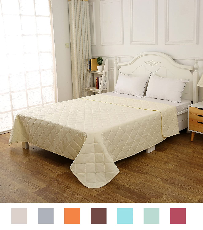 ソリッドカラーダイヤモンドパターンキルト軽量低刺激性マイクロファイバーby CottonTex Full/Queen(86x86