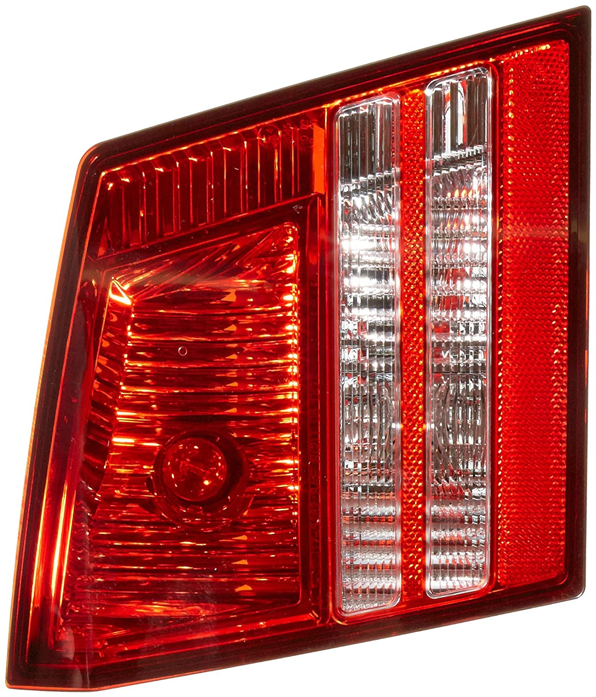 TYC 17-5462-00-1 Dodge Journey Replacement Reflex Reflector