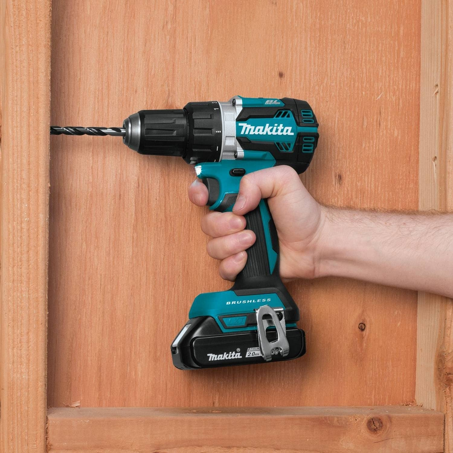 , Makita XFD12R 18V LXT Lithium-Ion Compact Brushless Cordless 1//2 Driver-Drill Kit 2.0Ah