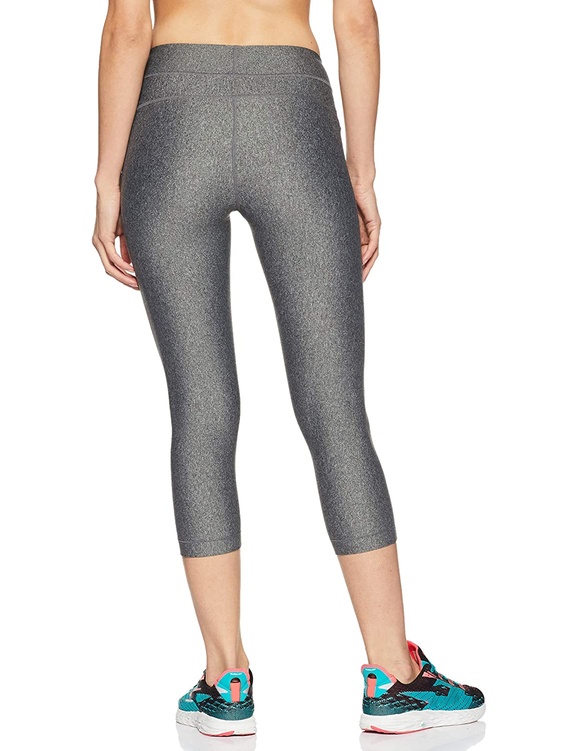 ed0a618c7575f Under Armour HeatGear Armour Capri Women's Sports Leggings: Amazon.in:  Clothing & Accessories