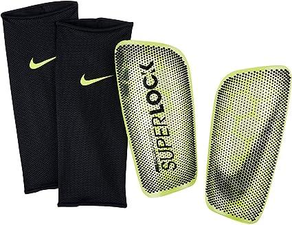 Opaco Resonar Arashigaoka  Amazon.com: Nike Mercurial Flylite SuperLock - Espinilleras de fútbol para  adultos, L: Sports & Outdoors