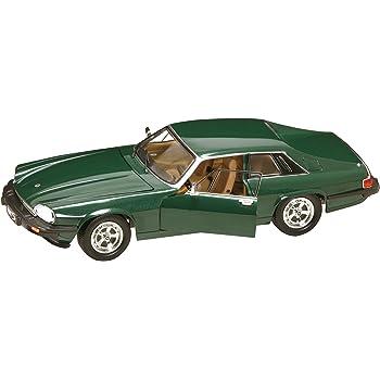 Road Signature 92658 Scale 1:18 1975 Jaguar XJS, Green