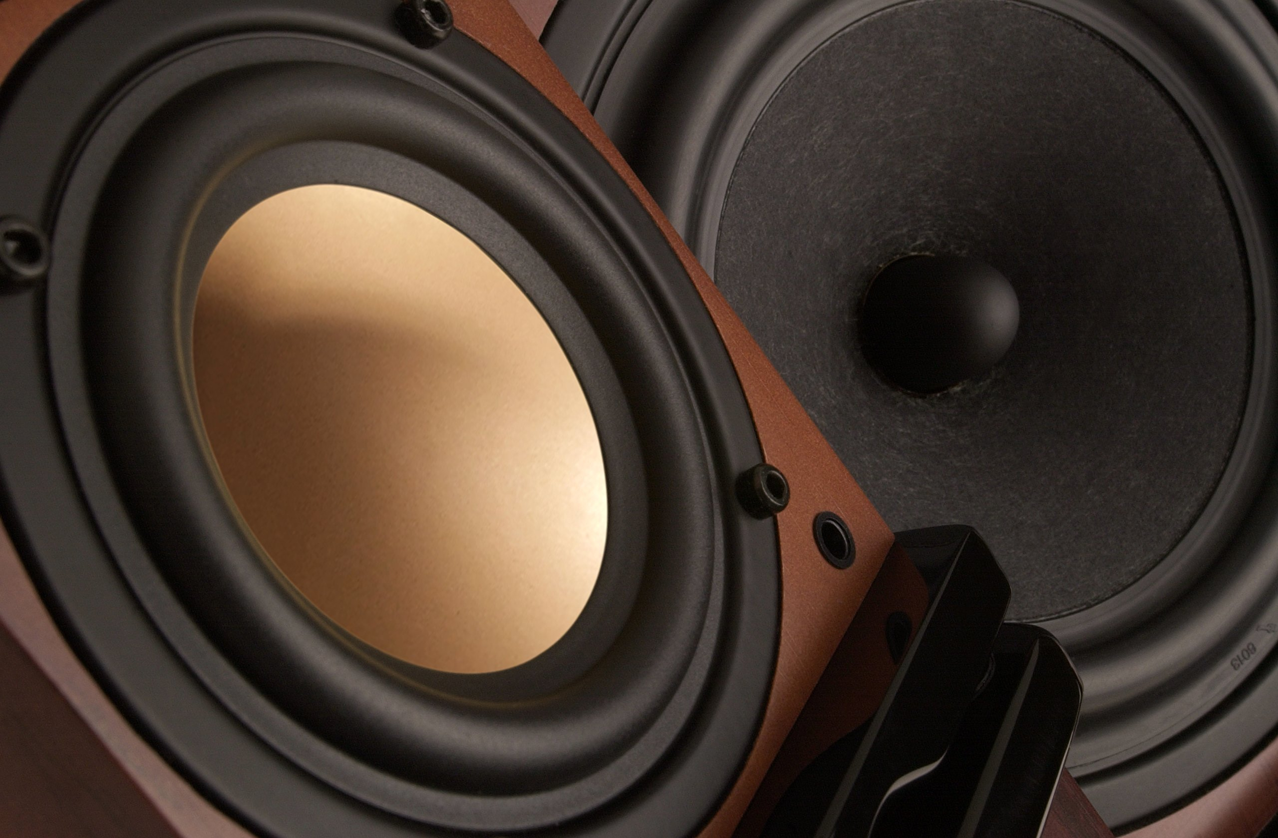 Swan Speakers - M20W - Beautiful Powered 2.1 Living Room Laptop Speakers -  6'' Subwoofer - Rosewood with Pink Gold Aluminium Drivers and Piano Finish - 50W RMS Internal Amplifier by Swan Speakers (Image #4)