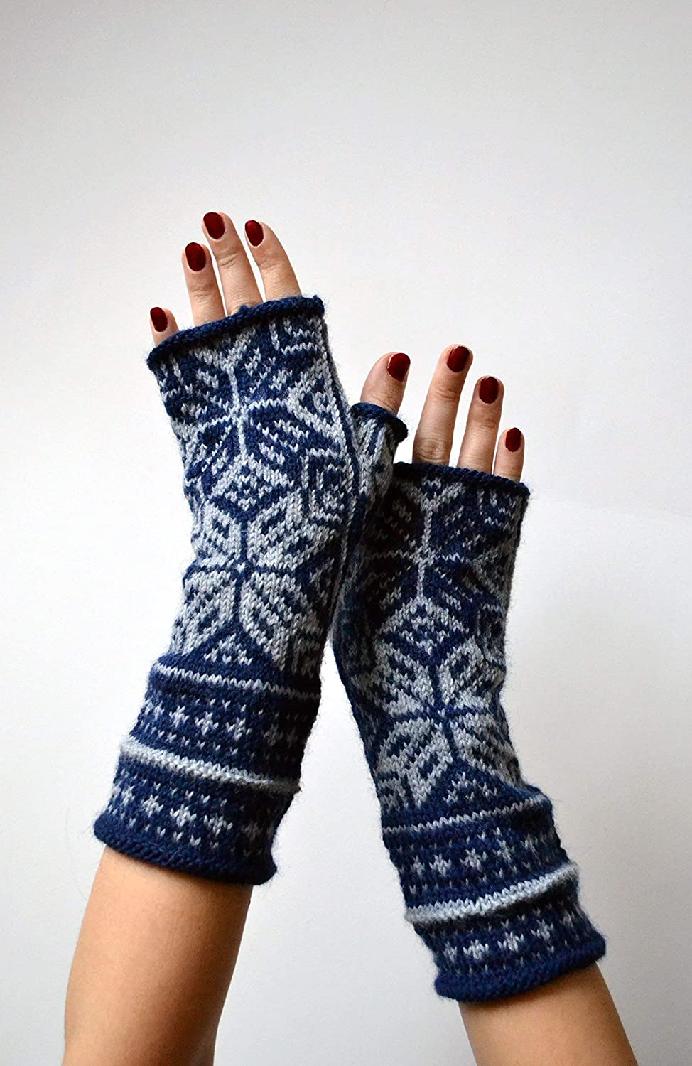 Star pattern Blue and Grey fingerless gloves nO 16.