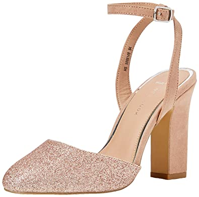 f5a81c0153 New Look Women's Wide Foot Rolling Closed Toe Heels (Rose Gold 94 ...