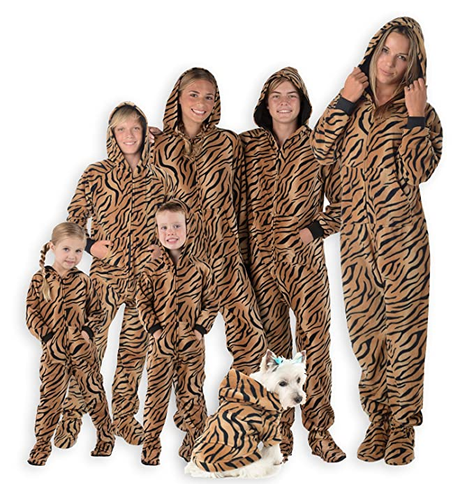 2e19ab6f6 Amazon.com  Footed Pajamas - Family Matching Tiger Print Hoodie ...