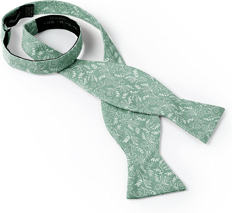 Jacob Alexander Mens Self Tie Freestyle Floral Bow Tie