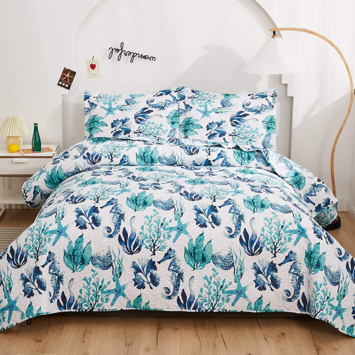 Ocean Bedding King Size,Seashell Conch Quilt Cartoon Bedspread King,Summer Quilt Reversible Coastal Coverlets with Pillow Protectors,Decor Bedrome