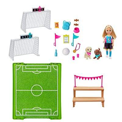 Barbie Dreamhouse Adventures Chelsea Doll, 6-Inch Blonde in Soccer Uniform, with Soccer Playset and Accessories, Gift for 3 to 7 Year Olds: Toys & Games