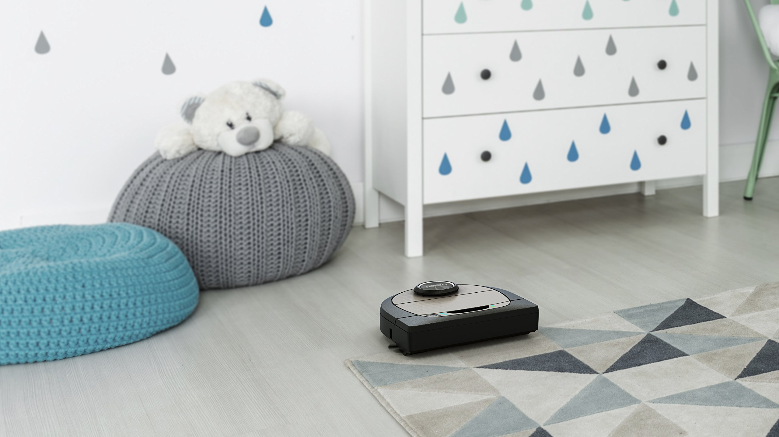 Neato Robotics D7 Connected Wi-Fi Enabled Robot Vacuum, Compatible with Amazon Alexa