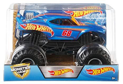 Amazon Com Hot Wheels Monster Jam Truck 1 24 Scale Toys Games