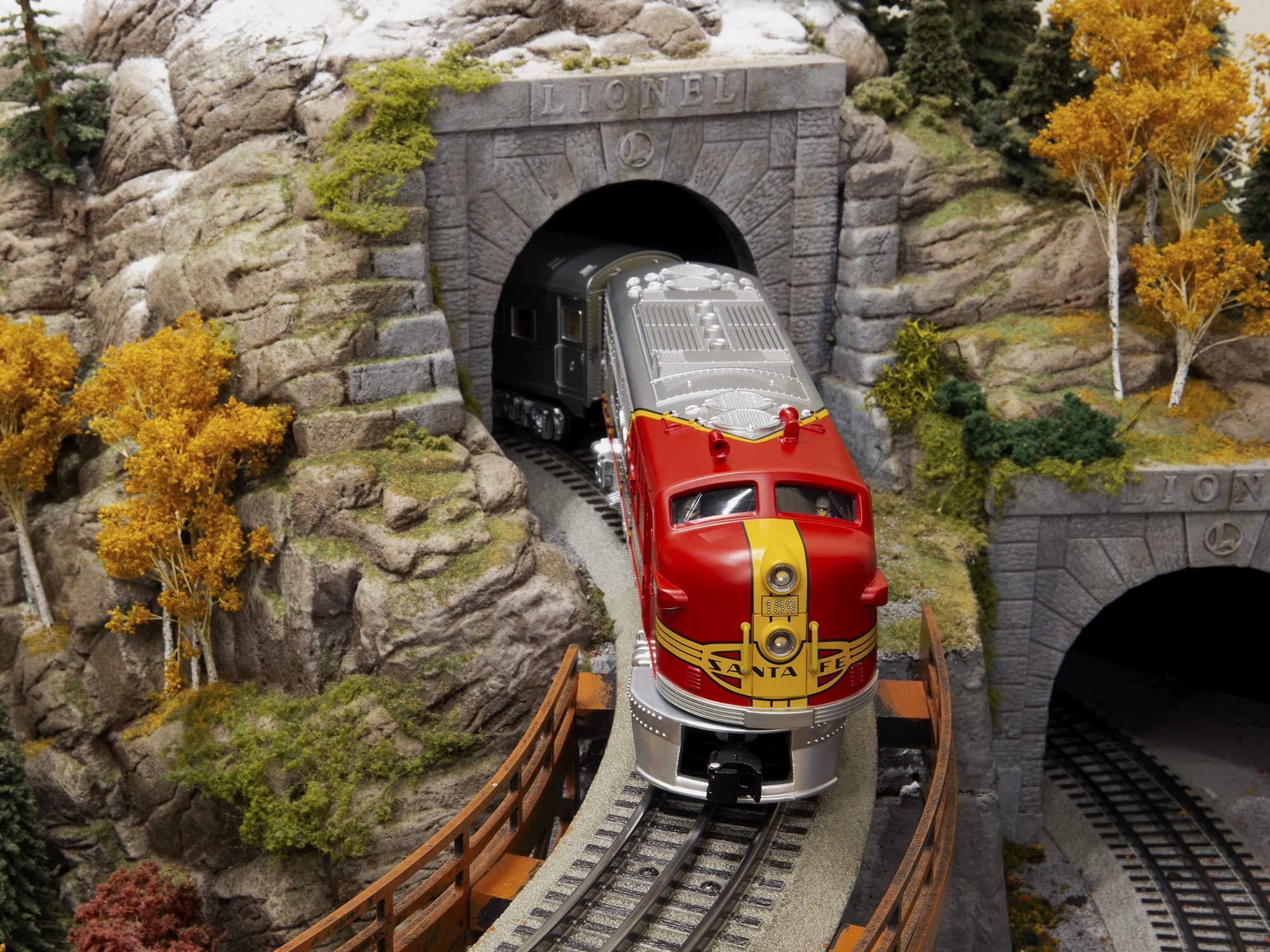Lionel Santa Fe Super Chief Electric O Gauge Model Train Set w/ Remote and Bluetooth Capability by Lionel (Image #4)