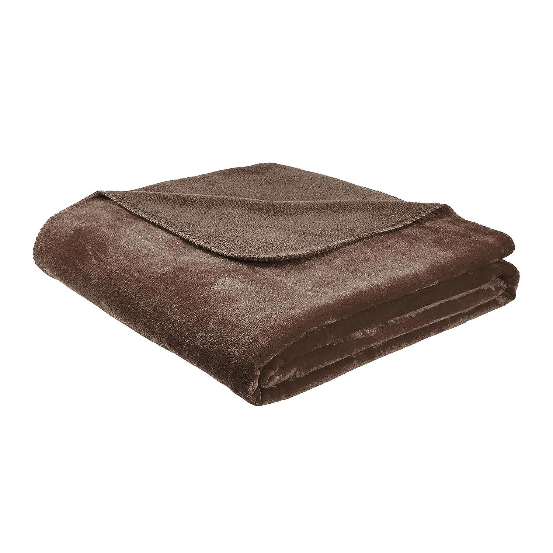 AmazonBasics Fuzzy, Micro Plush Fleece Blanket, All Seasons - Full/Queen, Brown